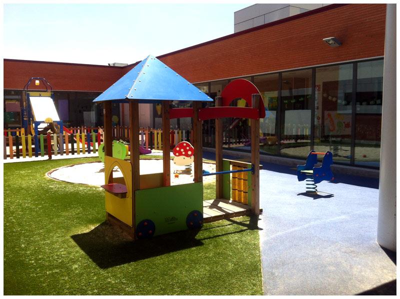 Escuela infantil kidsco bripac paracuellos for Jardines pequenos para escuelas